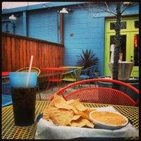 Foto tirada no(a) Tacos A Go-Go por Tom P. em 2/10/2013