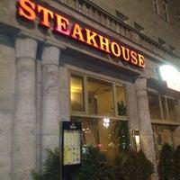 Foto scattata a San Diego Steakhaus da Monalisa il 12/28/2012