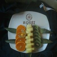 รูปภาพถ่ายที่ Rossi Boutique Hotel St. Petersburg โดย Sasha A. เมื่อ 10/17/2012