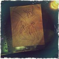 Das Foto wurde bei Adelina's von Toby B. am 12/4/2012 aufgenommen