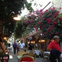 9/22/2013 tarihinde Halim Ç.ziyaretçi tarafından Karina Balık Restaurant'de çekilen fotoğraf