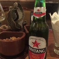Foto tirada no(a) Vino Bar por Yudi L. em 3/5/2015
