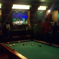 Foto tomada en Dublin's Irish Pub por Eliez M. el 10/27/2012