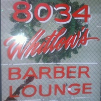 Photo prise au Whitlow's Barber Lounge par Randy T. le12/8/2012