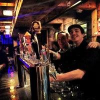 Das Foto wurde bei The Portside Pub von Maren W. am 1/28/2013 aufgenommen