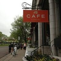 Photo prise au Café & Bar Lurcat par Jean W. le5/22/2013