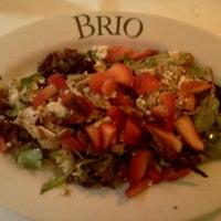 Foto tomada en Brio Tuscan Grille por Kevin S. el 10/20/2012