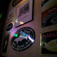 รูปภาพถ่ายที่ Lazy Boy Saloon & Ale House โดย David B. เมื่อ 9/20/2012