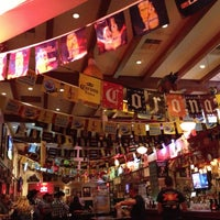 Foto tomada en Hussong's Cantina Las Vegas por Shilpin M. el 4/21/2013