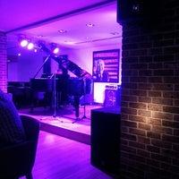 Foto diambil di Jazz@PizzaExpress oleh S Y. pada 7/1/2013