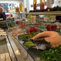12/30/2012 tarihinde Tarıkziyaretçi tarafından Cafe Swiss'de çekilen fotoğraf