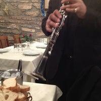 Foto diambil di Abbas Restaurant oleh Elvan pada 12/29/2012