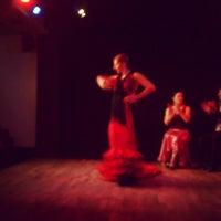 Foto diambil di Las Tablas Tablao Flamenco oleh Ioanna L. pada 3/30/2013
