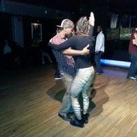 Foto diambil di Club Cache oleh Rafael N. C. pada 10/5/2013