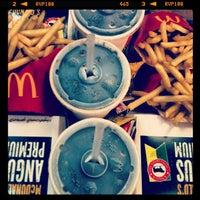 Foto scattata a McDonald's da Fer il 4/3/2013