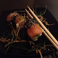 Foto tomada en Smart Sushi por Carlos R. el 10/10/2013