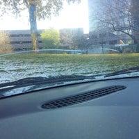 Foto tomada en Gordy's Auto Glass por Danielle M. el 11/7/2013
