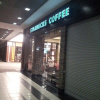 Снимок сделан в Starbucks пользователем Alexander A. 2/6/2013