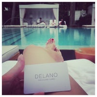 Foto tirada no(a) Delano Beach Club por Катарина em 6/5/2013