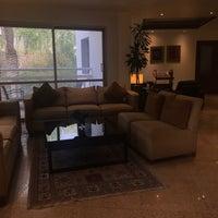 Foto diambil di Rimal Hotel & Resort oleh Fawaz A. pada 12/10/2018