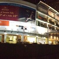 12/16/2012 tarihinde Tan N.ziyaretçi tarafından Plaza Indonesia'de çekilen fotoğraf