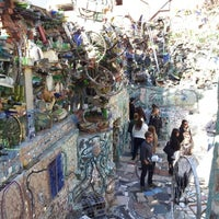 Foto tirada no(a) Philadelphia's Magic Gardens por Anny C. em 10/13/2012