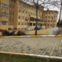 Снимок сделан в TOKİ Cumhuriyet Anadolu Lisesi пользователем Kübra B. 2/11/2017