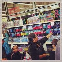 10/19/2013にJustin H.がA.C. Moore Arts & Craftsで撮った写真