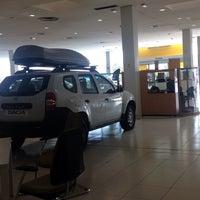 11/24/2014에 Alejandra F.님이 Renault Retail Group Avenida De Burgos에서 찍은 사진