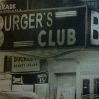 Foto tirada no(a) Burger's Club por Ronaldo M. em 7/23/2013