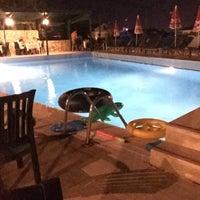 8/10/2015 tarihinde Emine B.ziyaretçi tarafından Hotel Cypriot'de çekilen fotoğraf