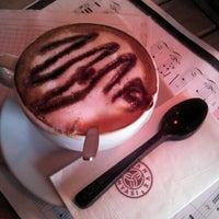 11/20/2012 tarihinde Feli J.ziyaretçi tarafından Kahve Dünyası'de çekilen fotoğraf