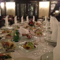 Снимок сделан в PIANO Restaurant пользователем Katerina M. 12/18/2012