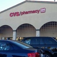 Photo prise au CVS/pharmacy par Ben J. D. le7/24/2014