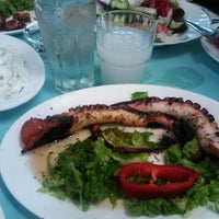 รูปภาพถ่ายที่ Ψαροταβερνα Κουκλις / Kouklis Restaurant โดย Neli I. เมื่อ 7/19/2014