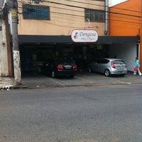 Foto tirada no(a) Dengosa Pães & Doces por Donato em 11/8/2012