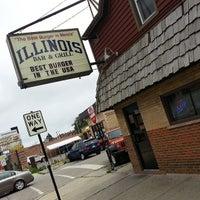 Foto diambil di Illinois Bar & Grill oleh Gregory C. pada 6/29/2013