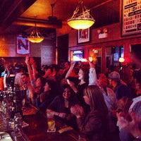 Foto tirada no(a) Kirkwood Bar & Grill por Matt M. em 5/26/2013