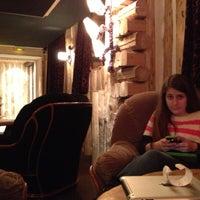Photo prise au Hotel Le Brussels par Gigi B. le12/16/2012