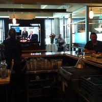 Foto scattata a Beacon Grille da William Z. il 4/16/2013