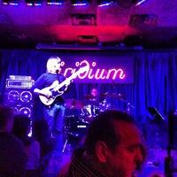 Das Foto wurde bei The Iridium von Rob am 12/31/2012 aufgenommen
