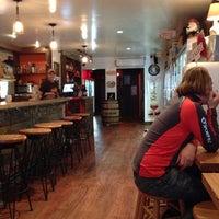12/22/2013 tarihinde Patrick P.ziyaretçi tarafından Beer Culture'de çekilen fotoğraf