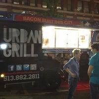 Foto diambil di Urban Grill Food Truck oleh Michael pada 6/1/2013
