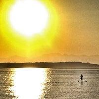 5/8/2013 tarihinde Dougziyaretçi tarafından Alki Beach Park'de çekilen fotoğraf