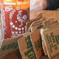 Foto tirada no(a) D'Agostino's Pizza and Pub River West por juliette b. em 3/24/2014