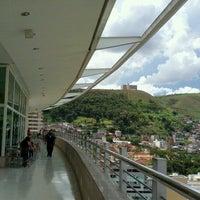 Foto tirada no(a) Independência Shopping por Morris A. em 12/19/2012