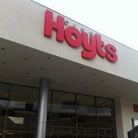Das Foto wurde bei Cine Hoyts von Paula S. am 11/9/2012 aufgenommen