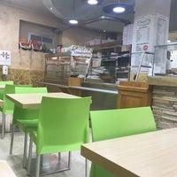 Foto scattata a Mamma Mia Pizza & FastGood da Štefan C. il 11/17/2018