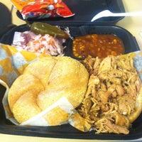 Das Foto wurde bei Curley's Q BBQ Food Truck & Catering von Doris am 6/7/2013 aufgenommen