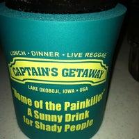 Foto scattata a Captain's Getaway da Jenn M. il 5/30/2011